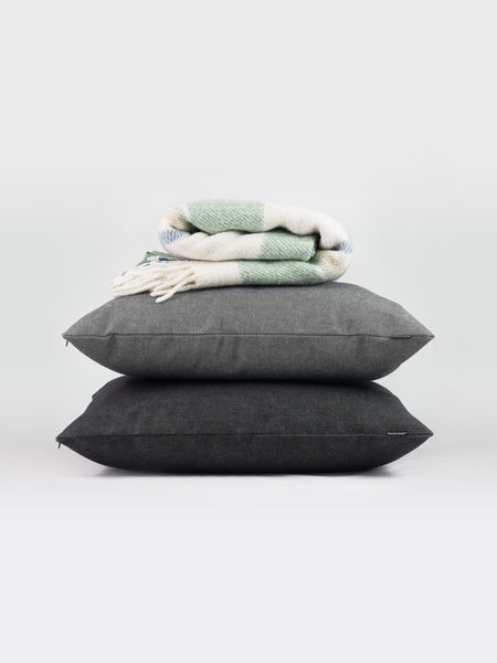 Giano cushion cuscino studio pastina